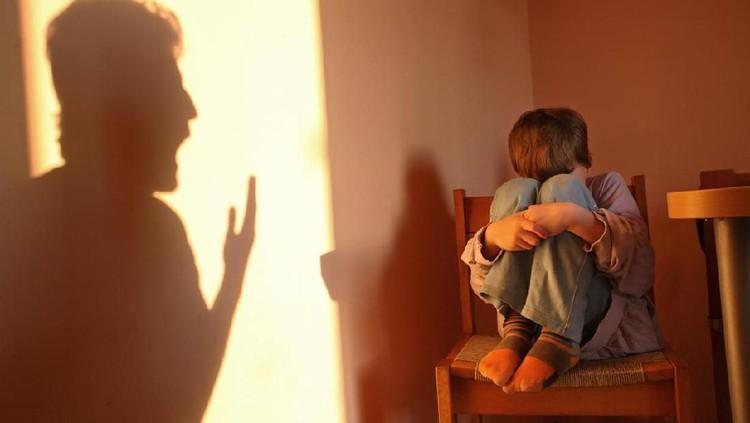 Mendisiplinkan anak jangan sampai kelewat batas, karena bisa-bisa justru jadi kekerasan, Bun.