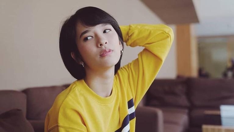 Beby Chaesara anadila adalah member JKT48 generasi pertama yang masih bertahan di grup idol tersebut. Berikut ini deretan potret cantik Beby JKT48.