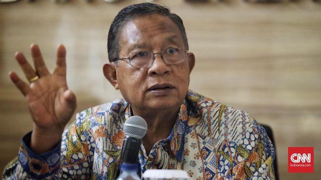 Menteri Koordinator Bidang Perekonomian Darmin Nasution mengungkapkan bahwa pemerintah akan memangkas perizinan yang menghambat investasi secara besar-besaran.
