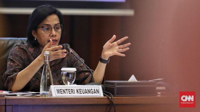 Menteri Keuangan Sri Mulyani Indrawati memberi keterangan kepada media saat  konfrensi press Realisasi APBN KITA Juni 2019, Jakarta, 21 Juni 2019. APBN 2019 sampai dengan 31 Mei 2019 mencatat bahwa realisasi pendaptan negara sebesar Rp 728,45 triliun atau 33,64 persen dari target APBN 2019, lebih tinggi dibandingkan periode yang sama tahun 2018 yang mencali Rp 685,99 triliun.