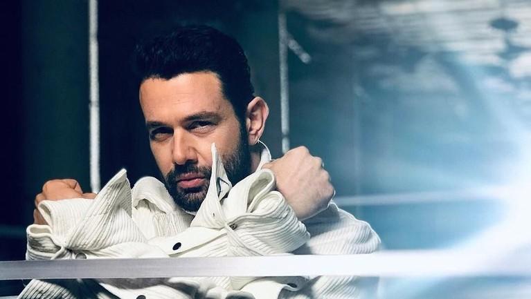 Keremcem sudah merilis dua album berjudul Eylul (2004) dan Ask Bitti (2006).
