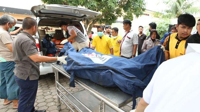 Semua korban meninggal akibat kebakaran pabrik korek api, di Langkat, Sumatera Utara, disebut sudah terindentifikasi dan dikembalikan ke keluarga.