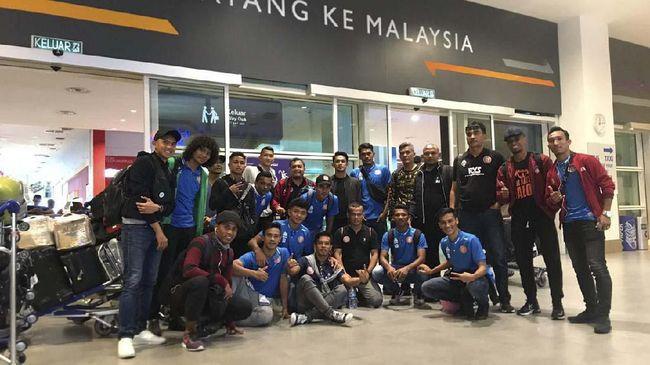 Persiraja Banda Aceh menghemat lebih dari Rp25 juta saat melakoni laga tandang Liga 2 2019 ke Persibat Batang lewat Kuala Lumpur, Malaysia, Sabtu (22/6).