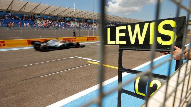 Lewis Hamilton menduduki pole position di GP Prancis 2019 berkat keberhasilan menjadi yang tercepat pada sesi kualifikasi di Sirkuit Paul Carles, Sabtu (22/6).