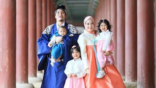 7 Potret Keharmonisan Keluarga Natasha Rizky dan Desta