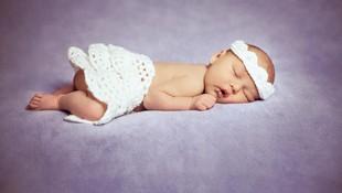 20 Nama Bayi Perempuan Awalan I dengan Beragam Makna