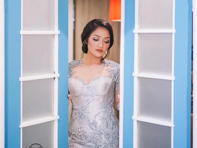 Meski dikabarkan akan menikah sebentar lagi, namun Sibad belum membeberkan tanggal pernikahannya.