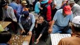 Bagi para lansia di Korea Selatan, usia tua tak jadi halangan untuk terus bekerja dan bergerak lincah.