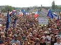 Penduduk Republik Ceko Desak PM Diduga Korupsi Mundur