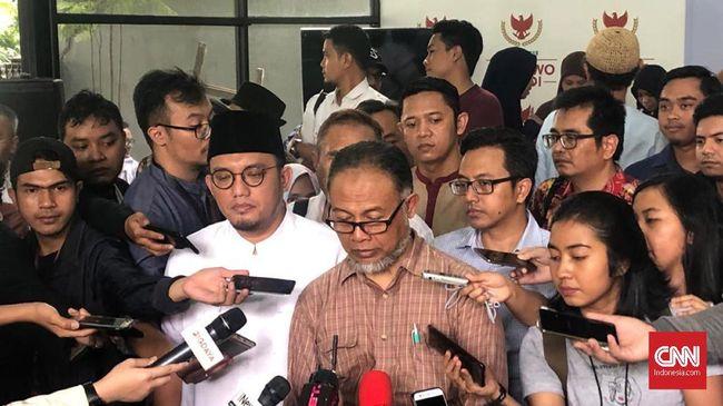 Bambang Widjojanto menilai persoalan KTP palsu merupakan persoalan serius, yang mesti ada solusi untuk disodorkan kepada pemerintah.