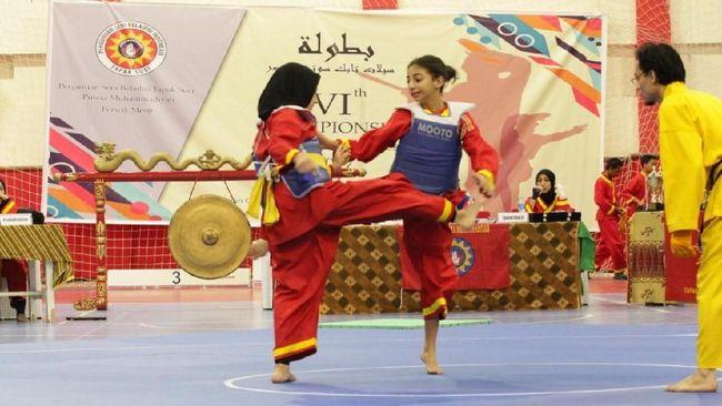 Pencak Silat menjadi alternatif ilmu bela diri yang dipelajari perempuan Mesir untuk melindungi mereka dari pelecehan.