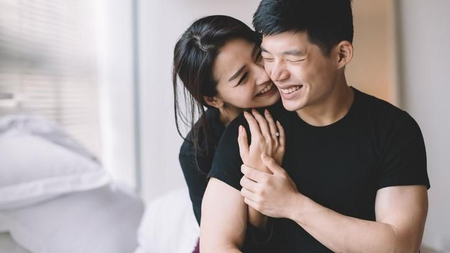 3 Posisi Seks yang Membantu Bunda Hamil Anak Laki-laki