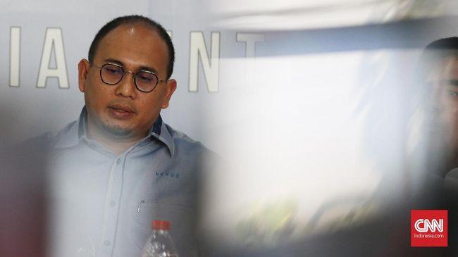 Kominfo respons penangkapan pekerja seks atau PSK di Sumatera Barat yang melibatkan Anggota DPR asal Gerindra Andre Rosiade dengan menggunakan Michat.