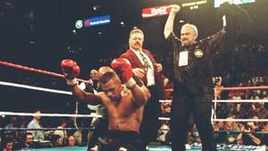Kisah Mantan Petinju Lawan Tyson Demi Bayar Sekolah Anak