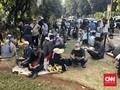 Demo Rasa Piknik Ala Massa 212: Antara Orasi dan Santapan