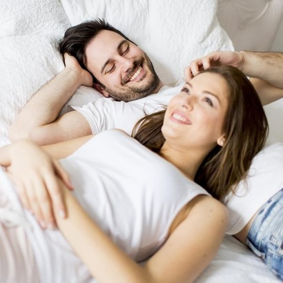 3 Posisi Seks untuk Meningkatkan Peluang Hamil Anak Kembar