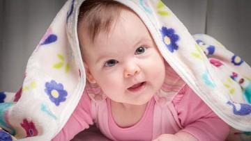 20 Nama Bayi Perempuan Bermakna Pertanda Baik