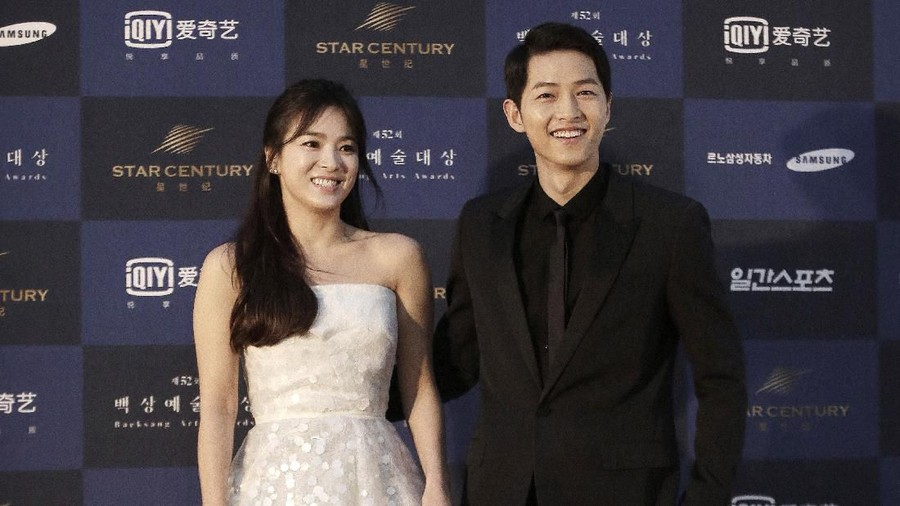 Mengulik Kekayaan Fantastis Song Joong Ki dan Song Hye Kyo