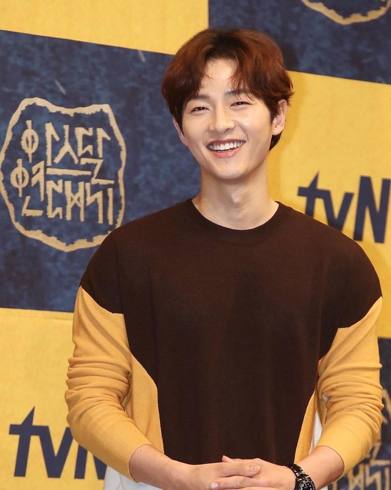 Song Joong Ki adalah salah satu aktor Korea tampan yang sudah membintangi lebih dari 10 judul drama.