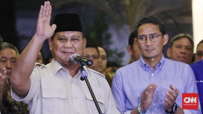 Prabowo Subianto menjadi menteri dengan kinerja terbaik berdasarkan hasil survei. Sementara elektabilitas Sandiaga Uno cenderung makin menurun.