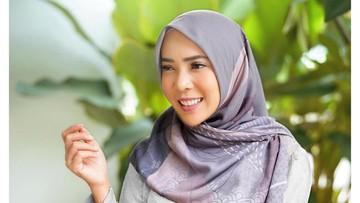 Utamakan Keluarga, Fitri Tropica Pilih Bersalin di Indonesia