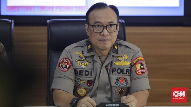 Polri menyebut pimpinan FPI Rizieq Shihab tak perlu risau dengan proses hukum saat pulang ke Indonesia jika merasa tak bersalah.