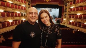 7 Potret 'Honeymoon' Maia Estianty dan Irwan Mussry di Italia