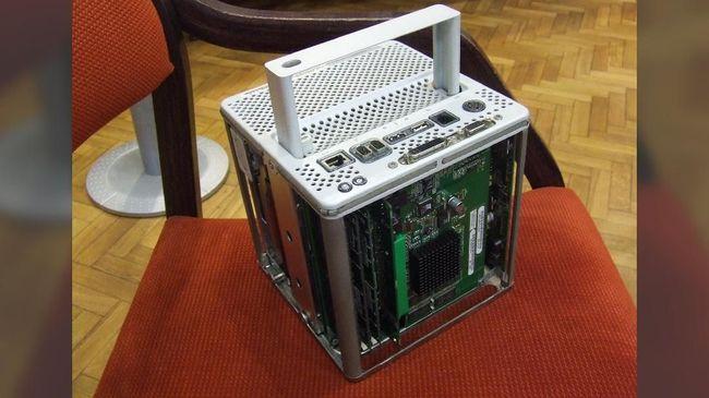 Power Mac G4 Cube sempat dibanggakan mendiang CEO Apple Steve Jobs, namun usianya tidak sempat genap satu tahun.