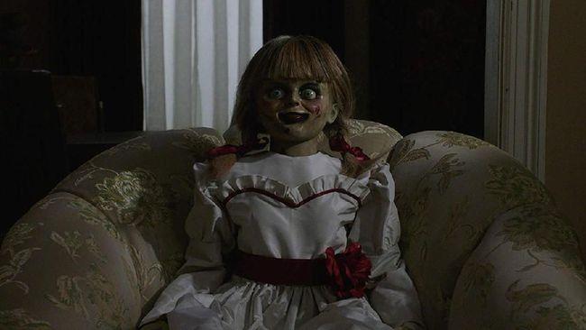 Ulasan Film Annabelle Comes Home