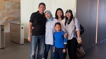 Pelukan Anak dan Istri Jadi Kado Ultah ke-50 Sandiaga Uno