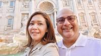 <p>Maia Estianty liburan bersama sang suami, Irwan Mussry, ke Italia dengan menggunakan pesawat eksklusif yang hanya berisi empat orang. (Foto: Instagram @maiaestiantyreal)</p>