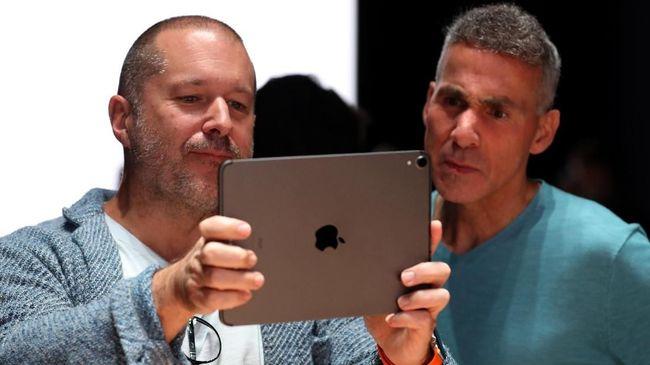 Mantan bos desainer iPhone, Jony Ive, kini membantu AirBnB merancang ulang aplikasi dan situsnya.