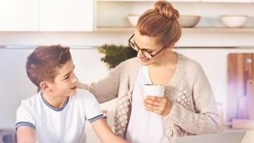 Ajari Anak Membalas Saat Dipukul Teman, Yes or No?