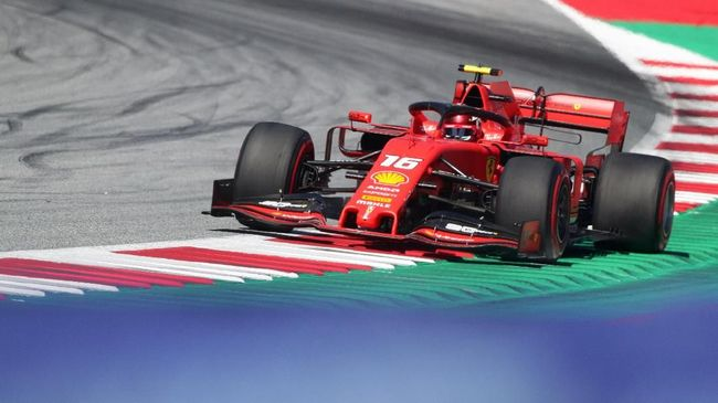 Pebalap Ferrari, Charles Leclerc, menjadi yang tercepat dalam latihan bebas ketiga (FP3) dalam Formula 1 (F1) GP Austria.