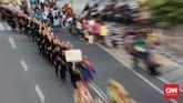 Parade Jakarnaval menjadi penutup ulang tahun DKI Jakarta ke-492. Karnaval ini dimeriahkan 5.000 peserta yang menampilkan parade budaya dan kendaraan hias.