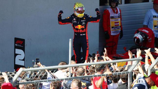 Pebalap Red Bull Racing Max Verstappen berhasil menjadi yang tercepat pada F1 GP Austria 2019 di Sirkuit Red Bull Ring, Minggu (30/6).
