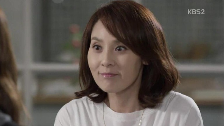 Kepergian Jeon Mi Sun memberikan duka bagi dunia hiburan Korea. Ia dikenal sebagai aktris yang banyak membintangi drama. Lalu drama populer yang dibintanginya?