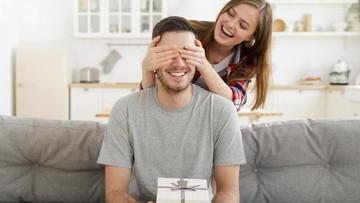 10 Ucapan Manis untuk Suami yang Berulang Tahun