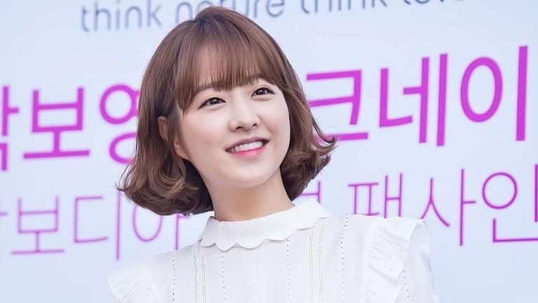 Akting Park Bo Young pertama kali terlihat di film pendek berjudul Equal yang berhasil menyabet penghargaan di Seoul International Youth Film Festival ke tujuh.