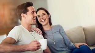 Perlukah Suami Istri Mengatur Jadwal Berhubungan Intim?