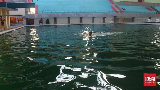 Kompleks olahraga Jakabaring Sport City (JSC) yang pernah jadi venue Asian Games 2018 kian terbengkalai sehingga para atlet sampai berlatih di kolam berlumut.