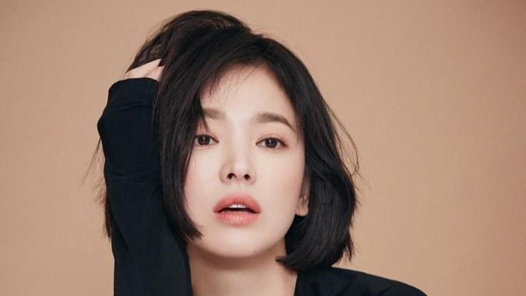 Penampilan Song Hye Kyo masih terlihat sangat cantik meski kini sudah berusia 37 tahun.