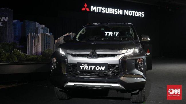 Mitsubishi Indonesia memilih Triton menggunakan mesin baru, namun mengikuti regulasi Euro 2 mesin diesel yang berlaku di Indonesia.
