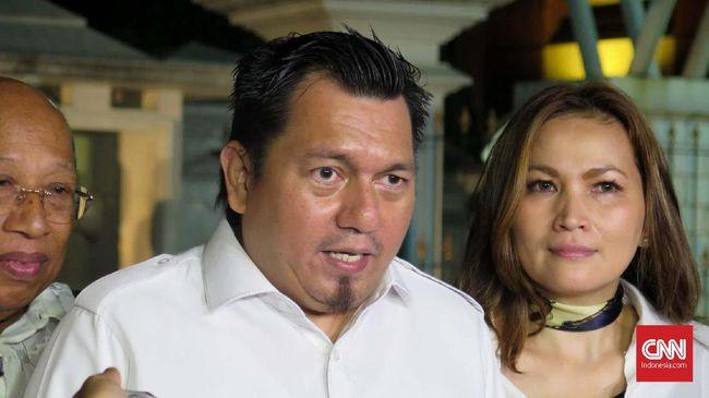 Staf KSP, Ade Irfan Pulungan menyebut tidak ada The Three Musketeers di Istana seperti diucapkan politikus Gerindra, Arief Poyuono.