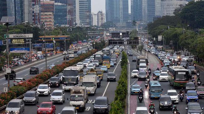 Warga Jakarta dihebohkan dengan kualitas udaranya yang semakin buruk. Buruknya kualitas udara di Jakarta disebut-sebut imbas asap knalpot kendaraan pribadi.