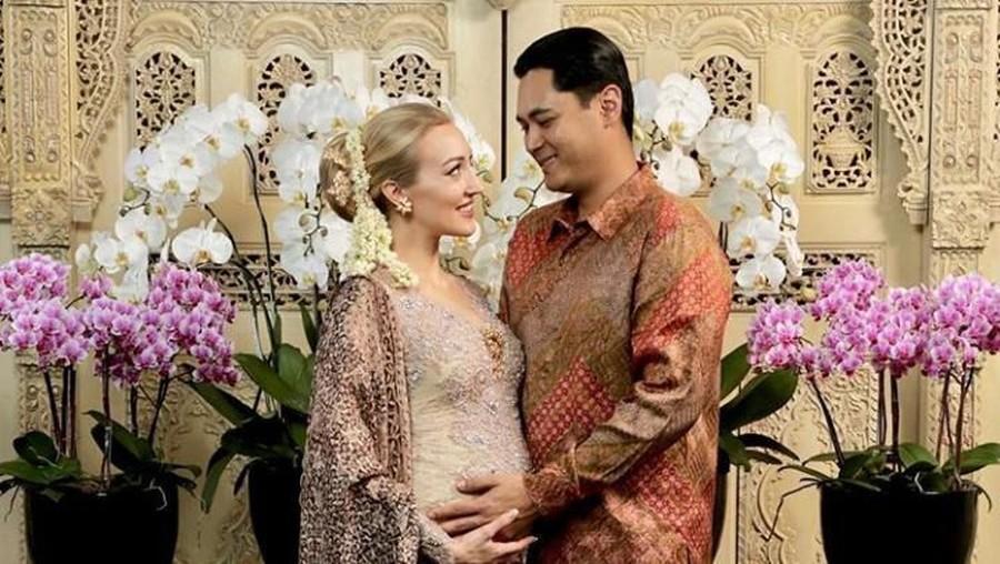Panji Trihatmodjo dan Varsha Strauss Gelar Syukuran 7 Bulanan