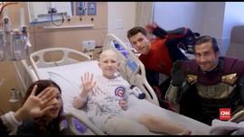 VIDEO: 'Spider-Man' Akrobat di Rumah Sakit Anak