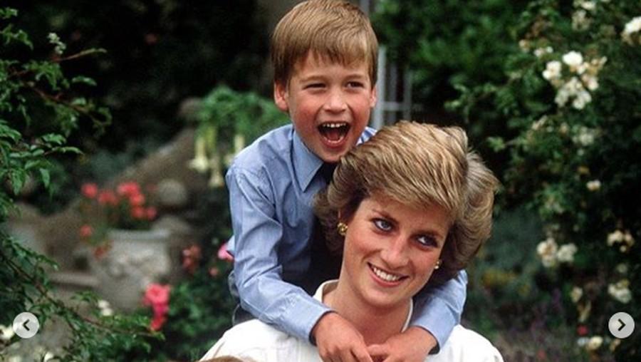 So Sweet, Pangeran William Unggah Foto Lama bersama Putri Diana