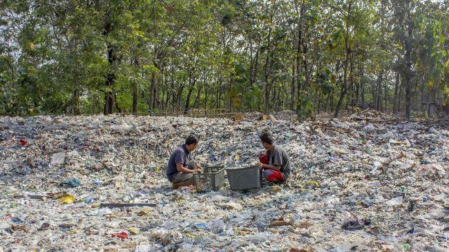 Sampah plastik tidak dapat terurai dengan cepat bahkan ada yang membutuhkan waktu hingga puluhan tahun.