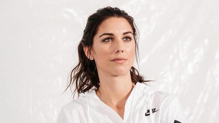 Alexandra Patricia Morgan Carrasco lebih sering dikenal dengan nama Alex Morgan.